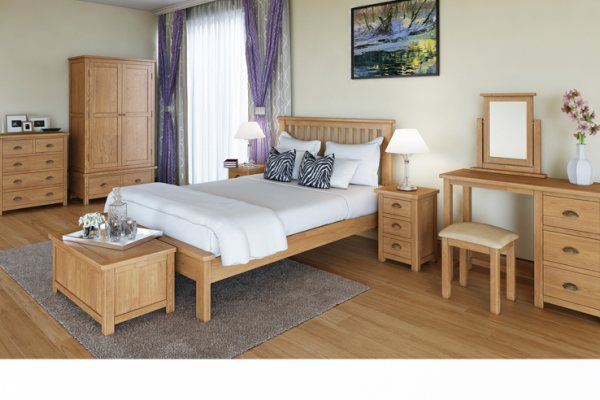 Lulworth Bedroom - Oak