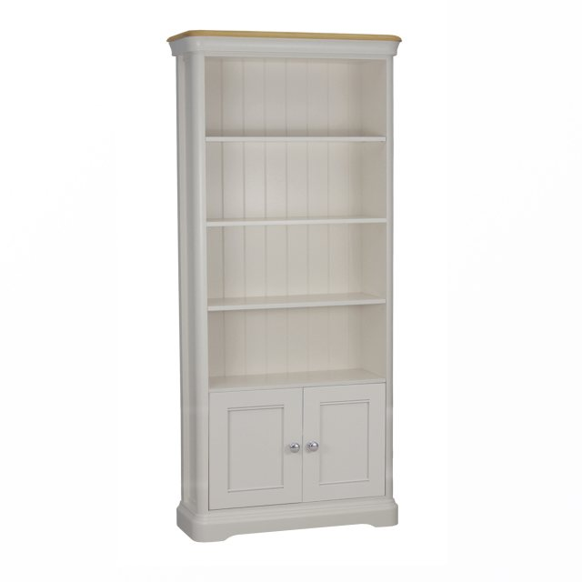 The Cromwell 2 door bookcase is beautifully crafted combining natural oak and a painted finish.