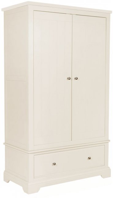 The white painted Gents Wardrobe offers hanging space and is sure to suit a wide range of